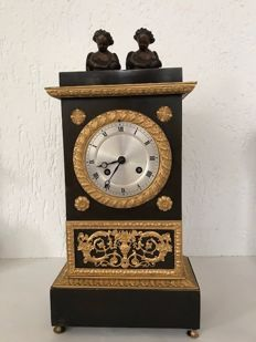 Bronze Empire mantel clock with cord pendulum - France - circa 1850 - 1-year warranty