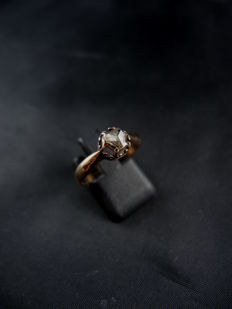 Antique rose gold engagement Solitaire/Ring, set with a diamond - early 19th century