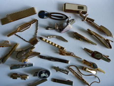 Lot of 27 vintage tie bars from USA & Europe