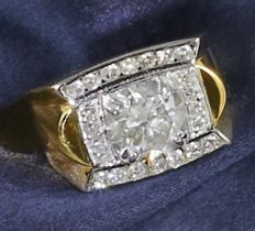 IGI Certified Yellow gold large Men's 3.51 ct. IGI Certified Solitaire diamond ring with side 0.86 ct diamonds