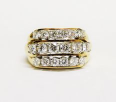 Luxury vintage 585 gold ring with 18 white diamonds totalling approx. 1.42 ct (F-G; VVS-VS1) - ring size 55