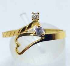 Cocktail ring made of 18 kt yellow gold with two diamonds - No reserve