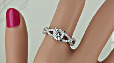 1.86 ct D/SI1 round diamond ring made of 14 kt gold - size 6.5
