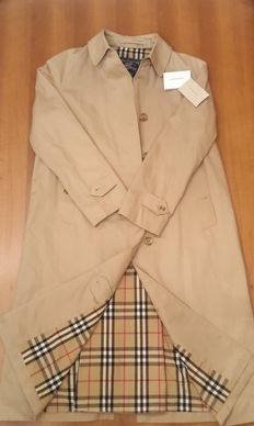 Burberry's trench coat - Made in England