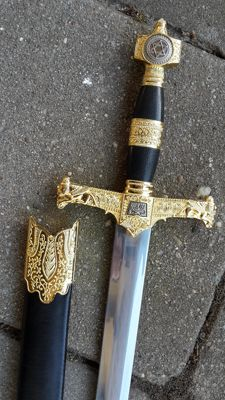Jewish knife or short sword