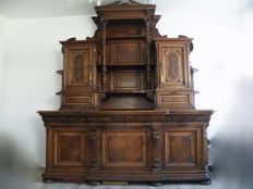 Large Henry II oak and walnut sideboard with top cabinet in Neo-Renaissance style - France - 1880