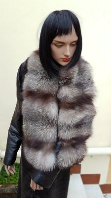 Huge silver fox fur scarf / wrap (length 135 cm)
