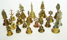 20 table bells with a maritime look.
