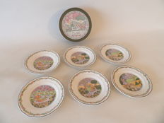 "Gien, ""Trois Saisons"" or ""Three Seasons"" Set of Six Dessert/Salad Plates."
