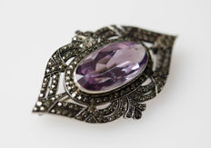 Solid silver brooch with large amethyst and marcasites