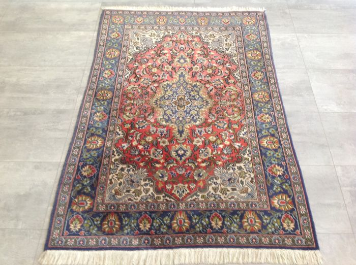 Marvelous & Original Persian Ghom Qom 170x110 cm hand- knotted Top condition & quality with certificate