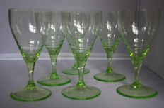 K.P.C. de Bazel, Leerdam - 6 anna green wine glasses of the 'servies B-geringd'