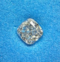 0.70 ct Cushion cut diamond Fancy Brownish Pink VS2