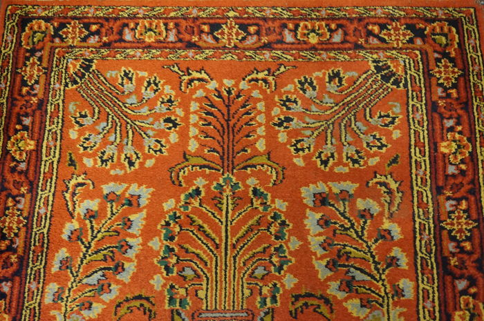 Magnificent hand-knotted Indo Sarouk Sarough field pattern 95 × 150 cm, made in India, late 20th century