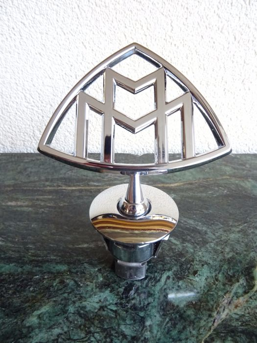 Rare Beautiful Stainless Steel Maybach Emblem / Hood Ornament for Mercedes S600 S500 W222 Series