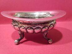 Salt cellar in punched silver with 4 small feet and ribbed decoration - Spain - 19th century