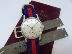 Tudor Small Rose Vintage Mens'  watch ca. 1940's