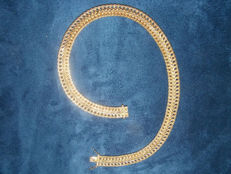 18 kt solid yellow gold necklace, eagle's head - 39 cm