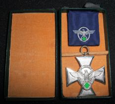 Germany. Police Service Award 2nd level for 18 years. With case.