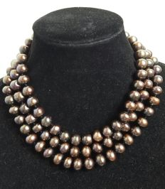 Long necklace very large pearls freshwater cultured of coffee colour - Length: 136 cm - No Reserve