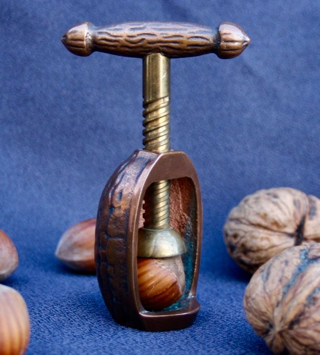 Nut cracker in bronze from Vienna - Austria, c. 1930