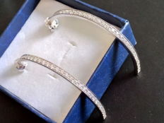 Earrings in 18 kt white gold with white diamonds totalling  1.92 ct