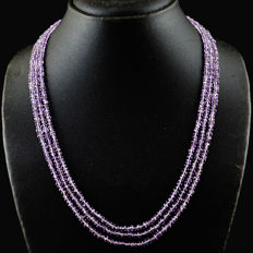 Amethyst necklace 3 Strands with 18 kt (750/1000) gold clasp, length 50cm