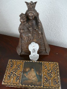 Charming statue of Mary with child, wooden box for bible and porcelain holy water bowl