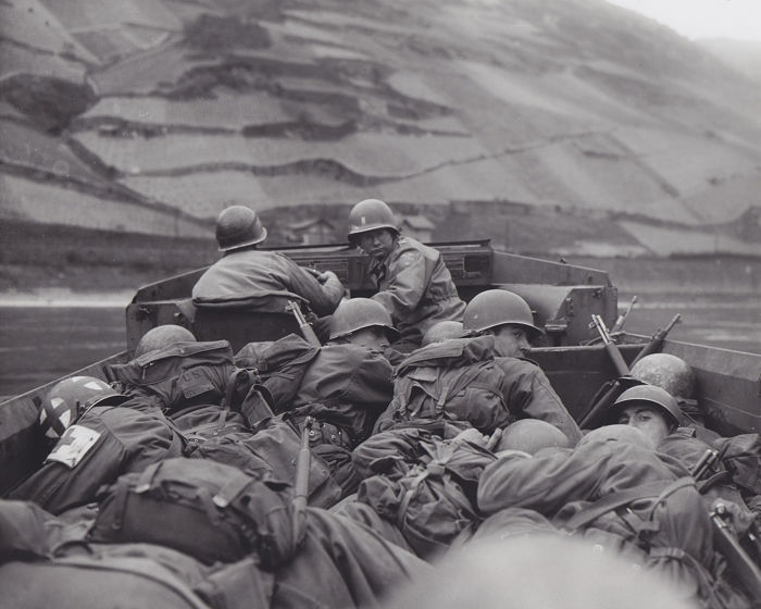 Unknown/ USMC - U.S marines crossing the Rhine River, WWII - Germany - 1945