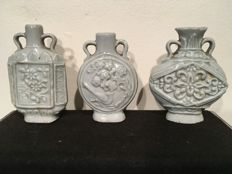 "3 Chinese porcelain snuff bottles, ""Celadon Ware"", China, 19th century"