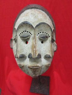 Mask with three faces - Lengola - Congo - 2nd half of 20th century