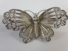 Hallmarked large silver Butterfly filigrain brooch