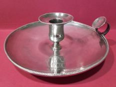Candlestick in punched silver with engraved initials 'Presmanes' - Spain - 19th century
