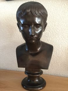 Beautiful bronze sculpture young emperor Cesare Augusto - presumably Italy - 19th century