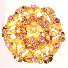 Antique gold brooch with amethyst and real natural orient seed pearls, ca. 1840