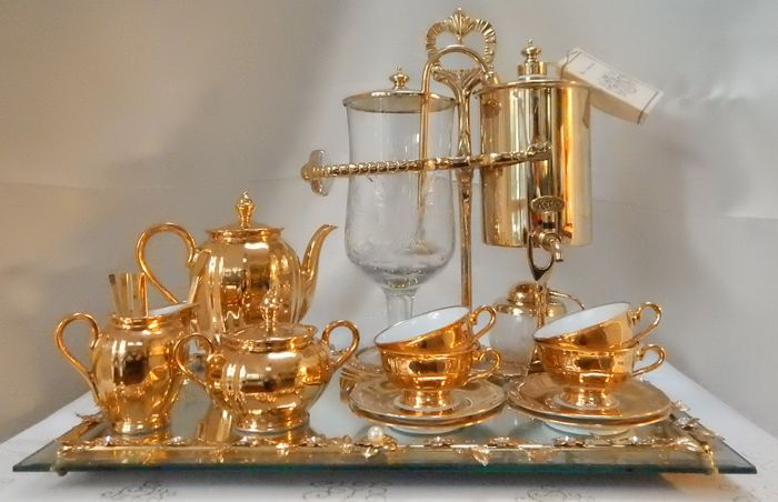 24-carat gold-plated coffee/tea maker + gold plated Bavaria mokka tableware & 24-carat gold-plated coffee/tea maker + gold plated Bavaria mokka ...