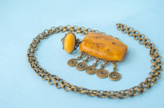 Vintage Baltic Amber set of necklace and ring old honey butterscotch egg yolk colour, 32 gram