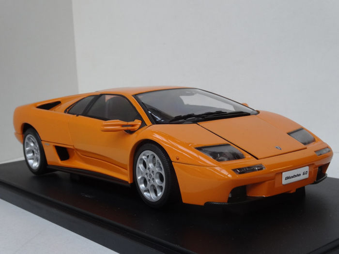 autoart schaal 1 18 lamborghini diablo 6 0 oranje catawiki. Black Bedroom Furniture Sets. Home Design Ideas