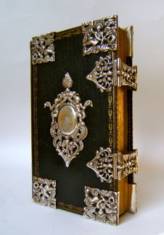 Songbook with silver fittings - 1796