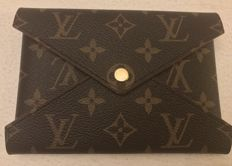 Louis Vuitton - Medium Pochette Kirigami Limited edition FW17