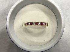 18 kt gold ring with rubies and zircons – One size, 14 (Spain)
