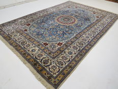 Wonderful beautiful Persian carpet Nain/Iran 300 x 200 cm, end of the 20th century  With silk part - top clean from 1.00