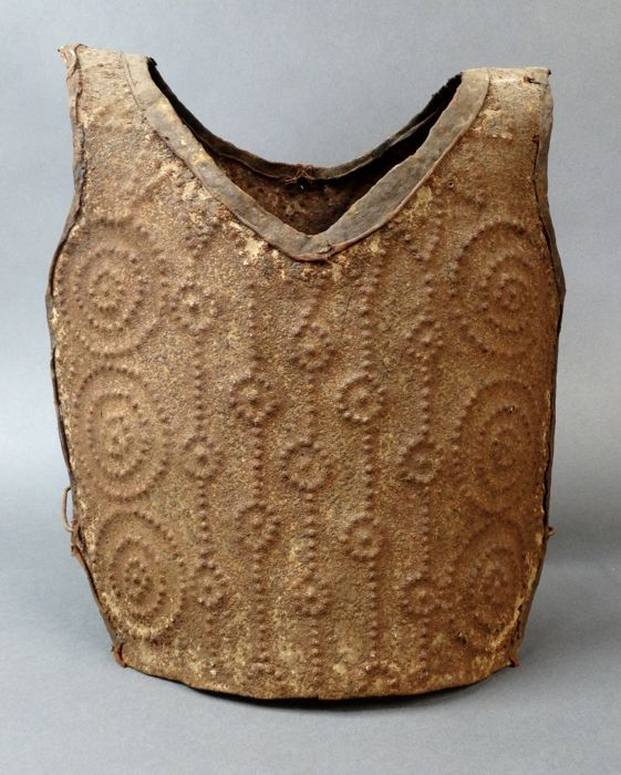 Old war costume, body armor - BAMILEKE - Cameroon