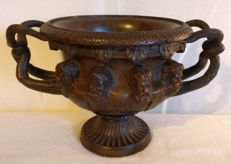 Lost-wax cast bronze Cup - Italy, Venice - late 19th century