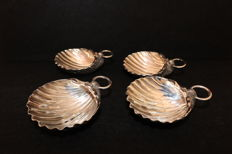 A set of 4 silver shell shaped dishes or bowls -  Leitão & Irmão marked - Portugal - first half 20th century