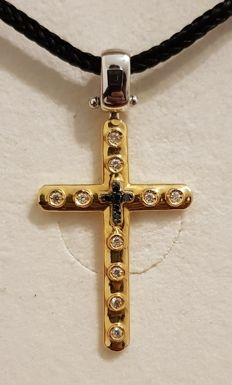 Cross with diamonds ***No reserve***
