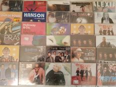 interesting lot of 30 singles cd - new pop rock snags siggillati)
