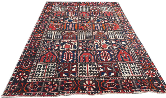 Beautiful  Persian Bakhtiari Carpets rugs 297 cm x 199 cm
