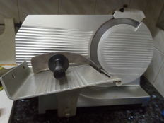 Industrial cold meat cutting machine