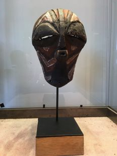 Magnificent little dance Mask in polychrome wood - SONGYE / LUBA - Former Belgian Congo
